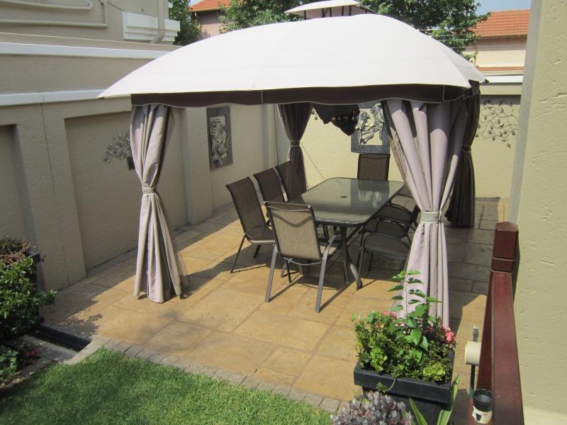 Property For Rent in Lonehill, Sandton 30