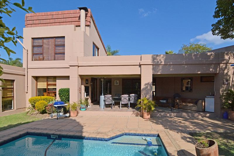 Property For Sale in Fourways, Sandton 1