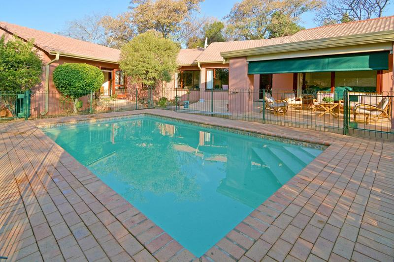 Property For Sale in Fourways Gardens, Sandton 5