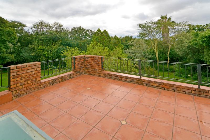 Property For Sale in Fourways Gardens, Sandton 27
