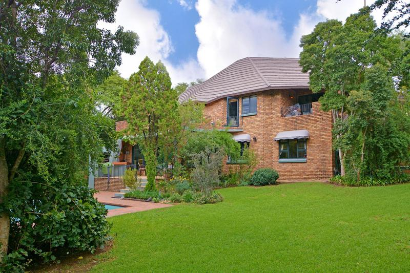 Property For Sale in Fourways Gardens, Sandton 12