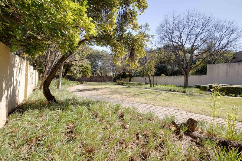 Property For Sale in Fourways Gardens, Sandton 23