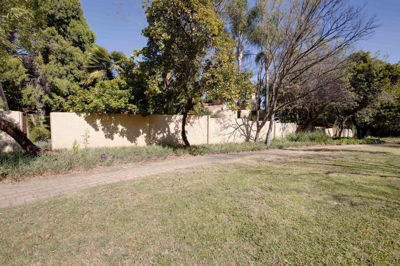 Property For Sale in Fourways Gardens, Sandton 24