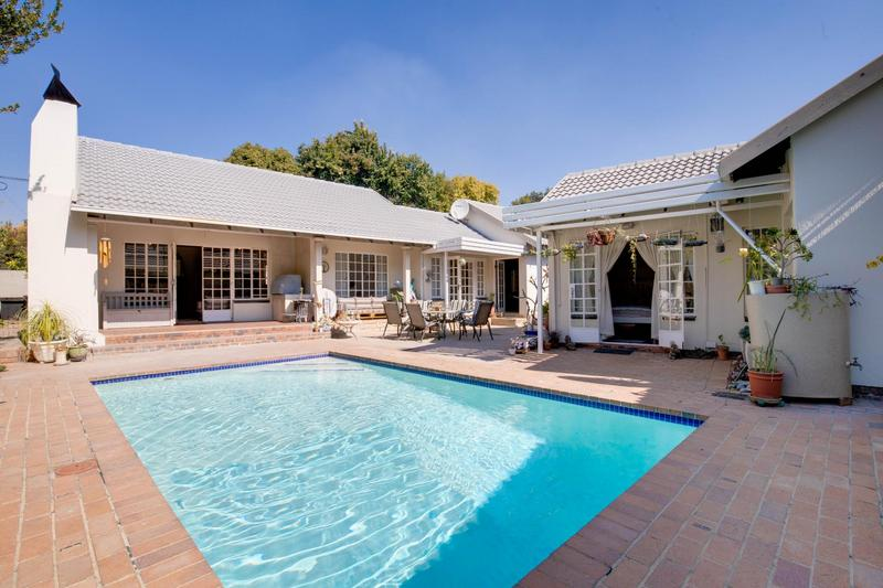 Property For Rent in Fourways Gardens, Sandton 3